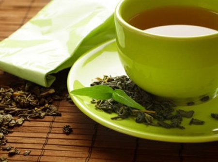 Green tea compound, voluntary exercise slow Alzheimer's disease progression in mice